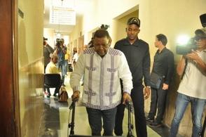 Tribunal deja libre dirigente de transporte