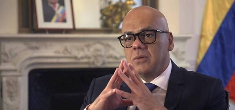 Otro chavista admite crisis económica