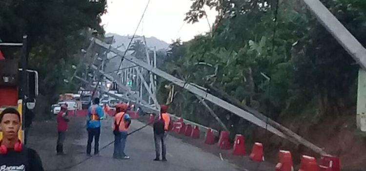 Lluvias afectan carretera Navarrete-Puerto Plata