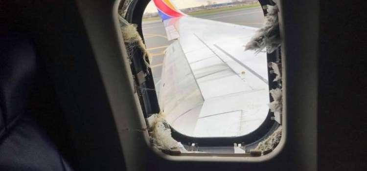Muere pasajero por explosión motor de avión