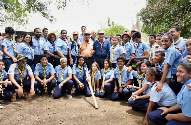 Educación y Scouts firman un convenido