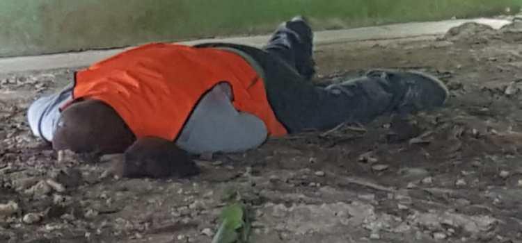 Encuentran asesinado un motoconchista