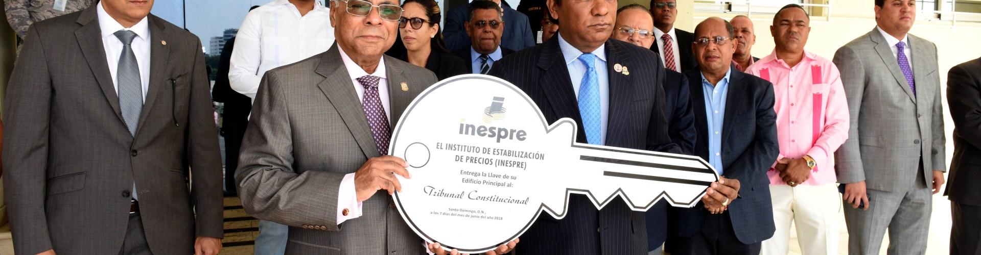 Tribunal Constitucional recibe llave edificio