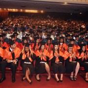 Apec gradúa 280 profesionales