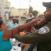 Someten mujer agredió agente de Digesett
