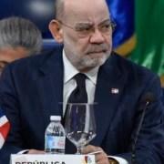 Fallece periodista y diplomático César Medina