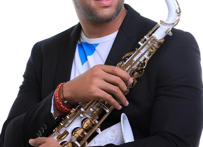Frandy Sax muestra su calidad musical