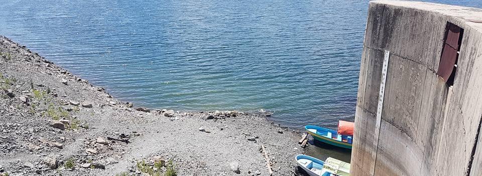 Sigue descenso agua en presa de Tavera