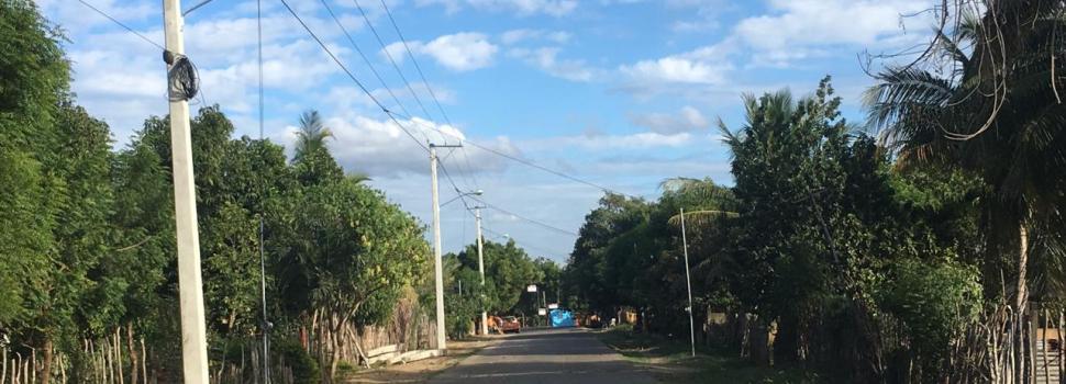 Comunidades Montecristi con 24 horas luz