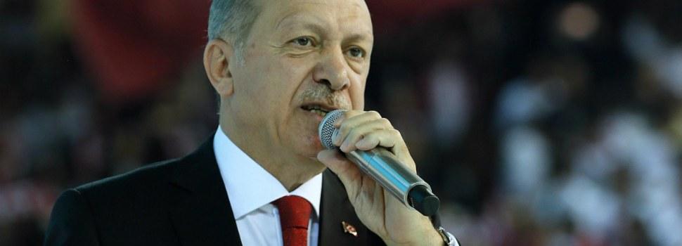 Turkía acusa UE intentar derrocar a Maduro