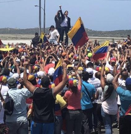 """Guaidó llega y entra como """"Pedro por su casa"""""""