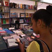 Anuncian reducción de precios en Feria del Libro