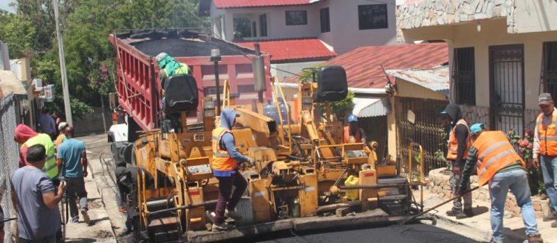 Inician pavimentación San José de las Matas