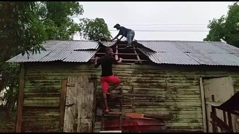 Ventarrón, lluvia y granizos afectan comunidad