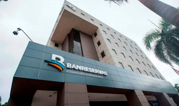 Bancos dejarán pago mínimo y cargos mora a tarjetas
