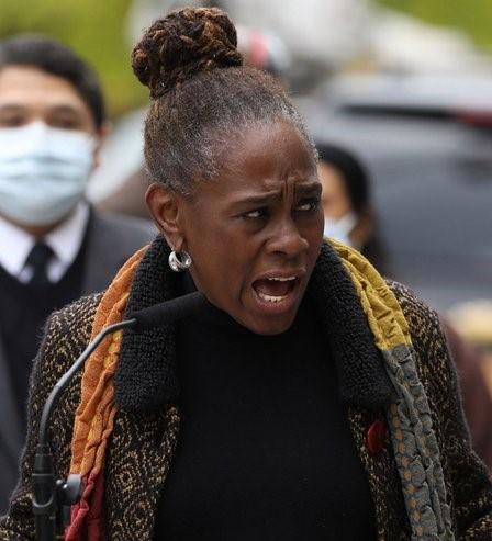 Esposa alcalde NY trabajará por reconciliación racial
