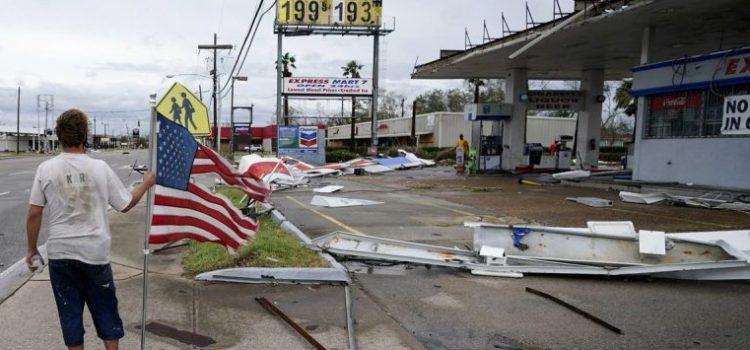 Adolescente muere por árbol derribó  huracán Laura