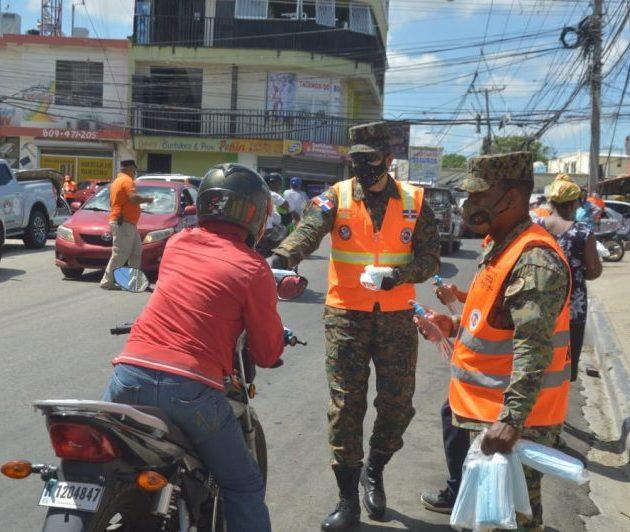 Instituciones realizan jornadas en barrios contra coronavirus