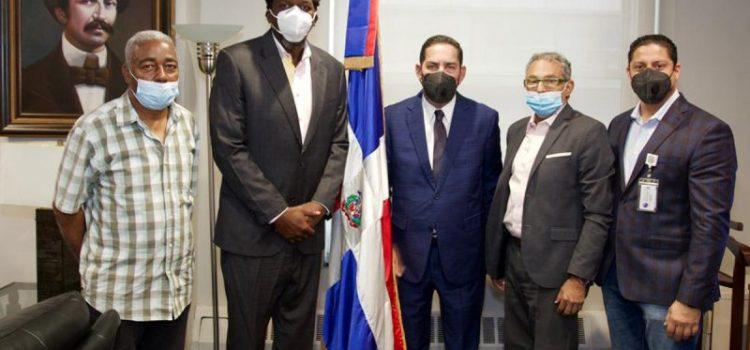 Cónsul dominicano promoverá deportes