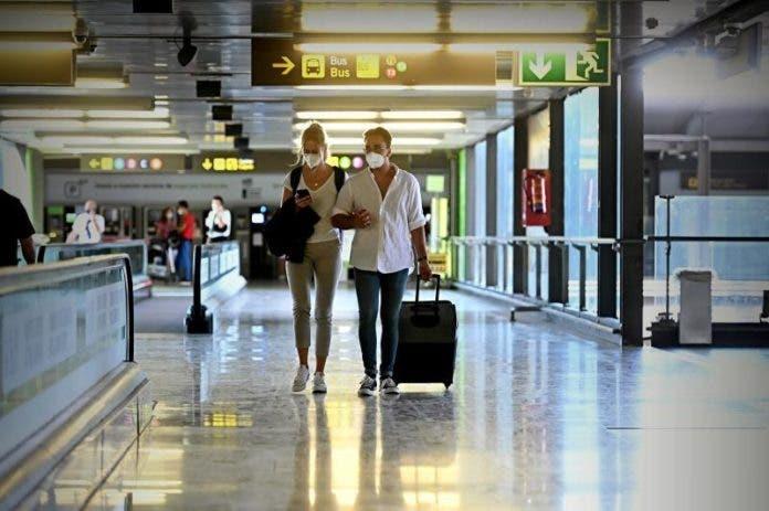 Turismo celebra su día el domingo en su peor crisis