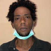 Apresan dos acusan cometer robos en sector de Villa Olga