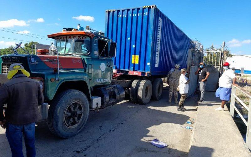 Permiten patanas ingresen al territorio haitiano