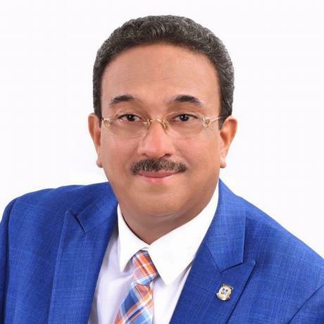 Otro senador PLD irá a Fuerza Pueblo