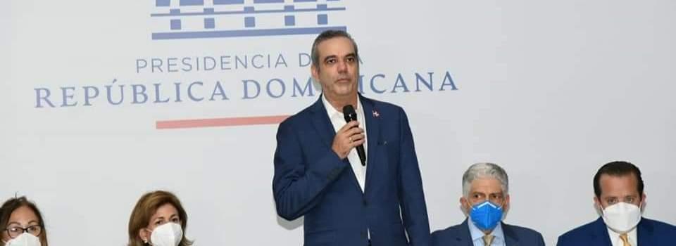 Abinader destaca los aportes tributarios provincia Santiago