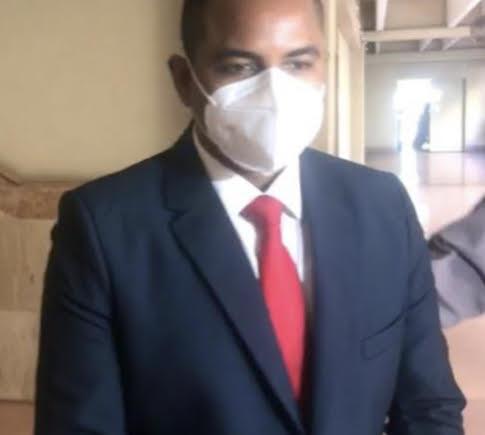 Reenvían caso exfuncionario; prisión preventiva a médico