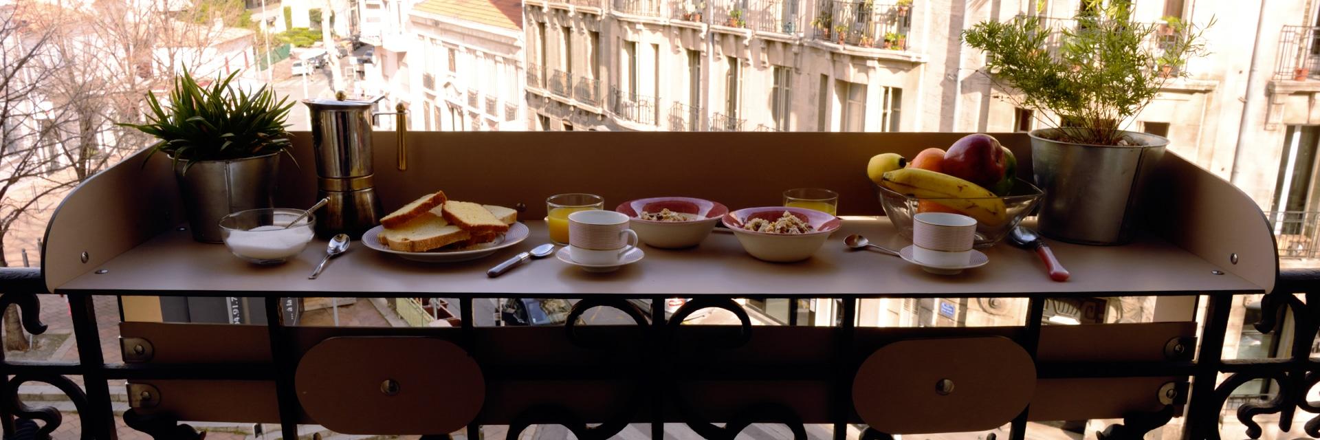 table balcon bar baracood