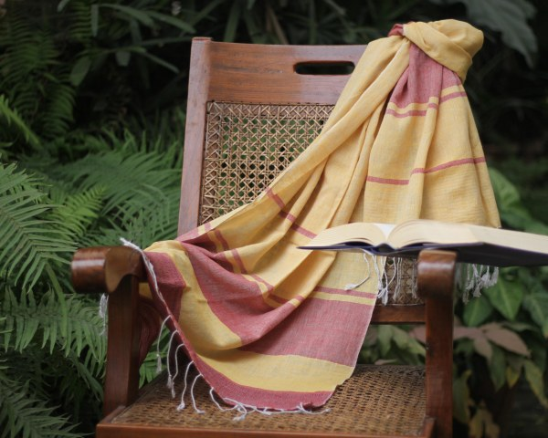 yellow cotton handloom dopatta handwoven in Uttar Pradesh
