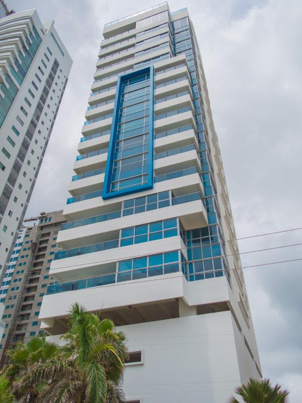 Edificio Azul  Barajas Constructora