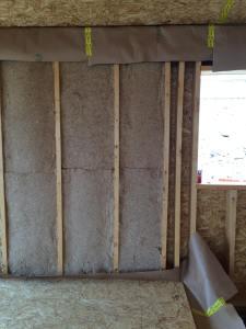 Aislamiento de fibra de madera colocado