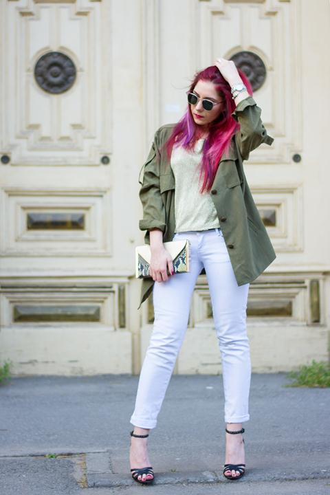 khaki jacket and white jeans