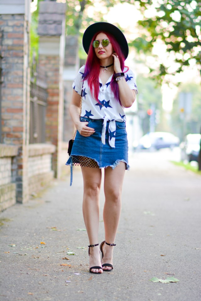 ripped denim skirt outfit