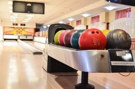 Céges rendezvény szórakozás bowling