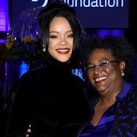 Rihanna, PM in dazzle at Diamond Ball