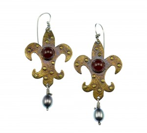 Metal Work - Antoinette Fleur-de-lis - Earrings