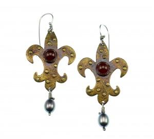Metal Work - Antoinette Fleur-de-lis - Earrings