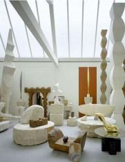 Interno del laboratorio di Brancusi restaurato da Renzo Piano, 1997 © ADAGP, Paris