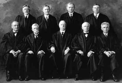 Supreme Court Justice - Fonte Wikipedia