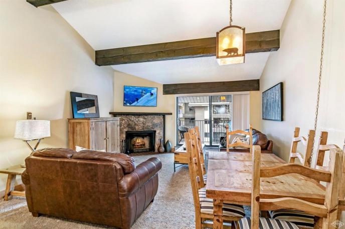 Avon Lake Villas L4, Avon / SOLD $465,000 / 12.21.18