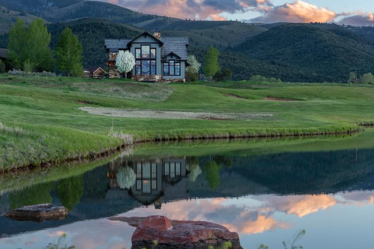 64 Lasso, Brightwater (Gypsum) / SOLD $995,000 / 9.3.2020 (Seller & Buyer Represented; Photo Provided by LIV SIR)