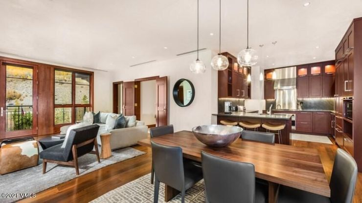 Solaris Residence 6CEast, Vail Village / Sold on 9.10.21 for $2,975,000 / Buyer Represented (Photo: Solaris Real Estate)