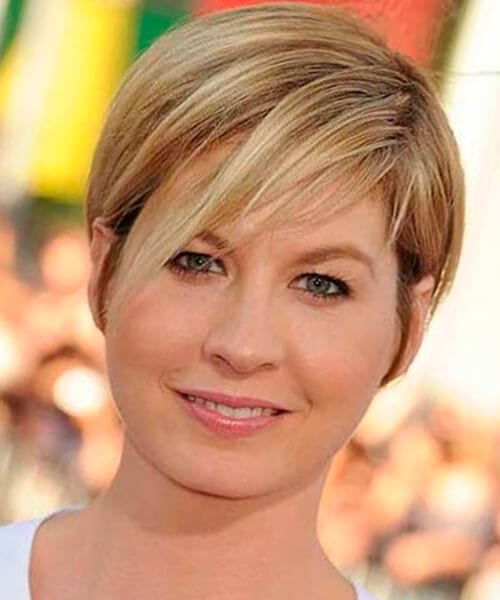 Layered Long Pixie Short Hairstyle For Chubby Faces