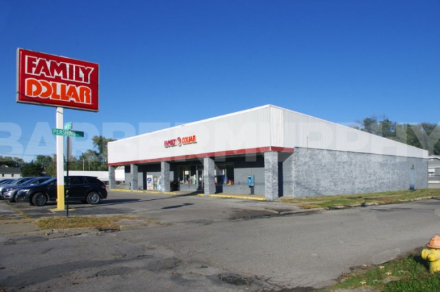 Exterior Image of Family Dollar Store, Investment Opportunity