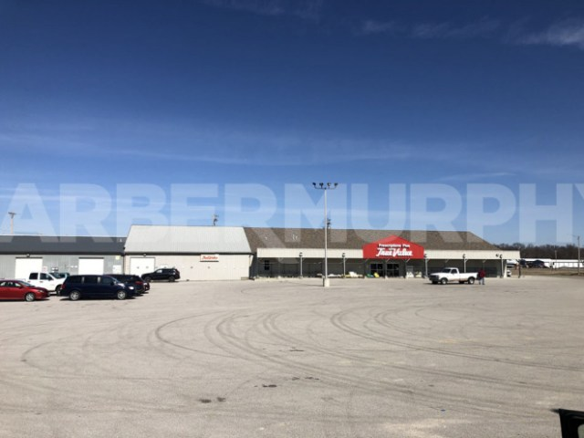 Exterior Image of Hardware Store for Sale in Lebanon, IL, St. Clair County