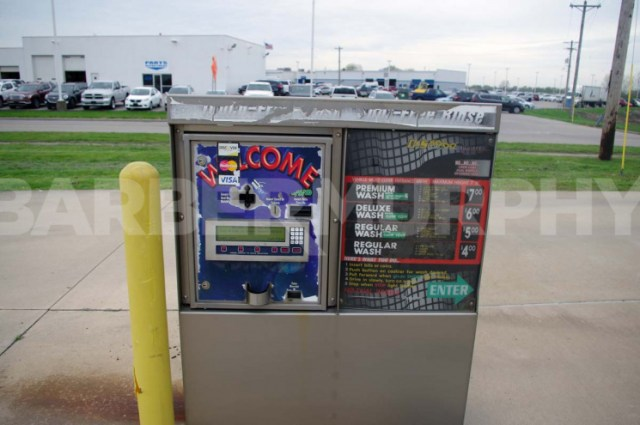 Car Wash Payment Machine, Granite City Car Wash for Sale - Investment Opportunity, 387 West Pontoon Rd, Granite City, Illinois 62040, Madison County