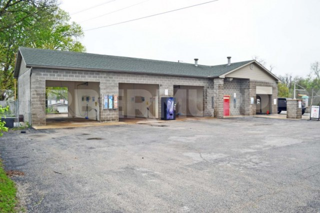 Exterior Image of Business Opportunity - Car Wash for Sale,  1020 Milton Rd, Alton, Illinois 62002, Madsion County