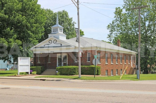 Exterior Image of Church for Sale, Kingdom Life Christian Ministries, 2901 West Main St, Belleville, Illinois 62226